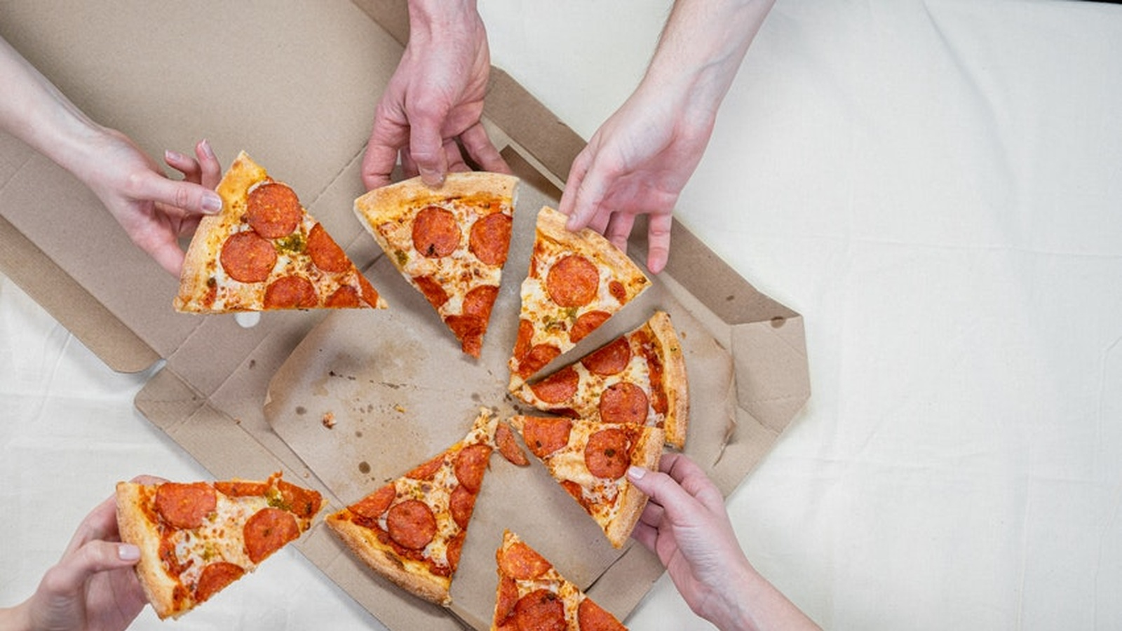 New Study Finds Food Addiction Symptoms Comparable To Those Of Substance Abuse
