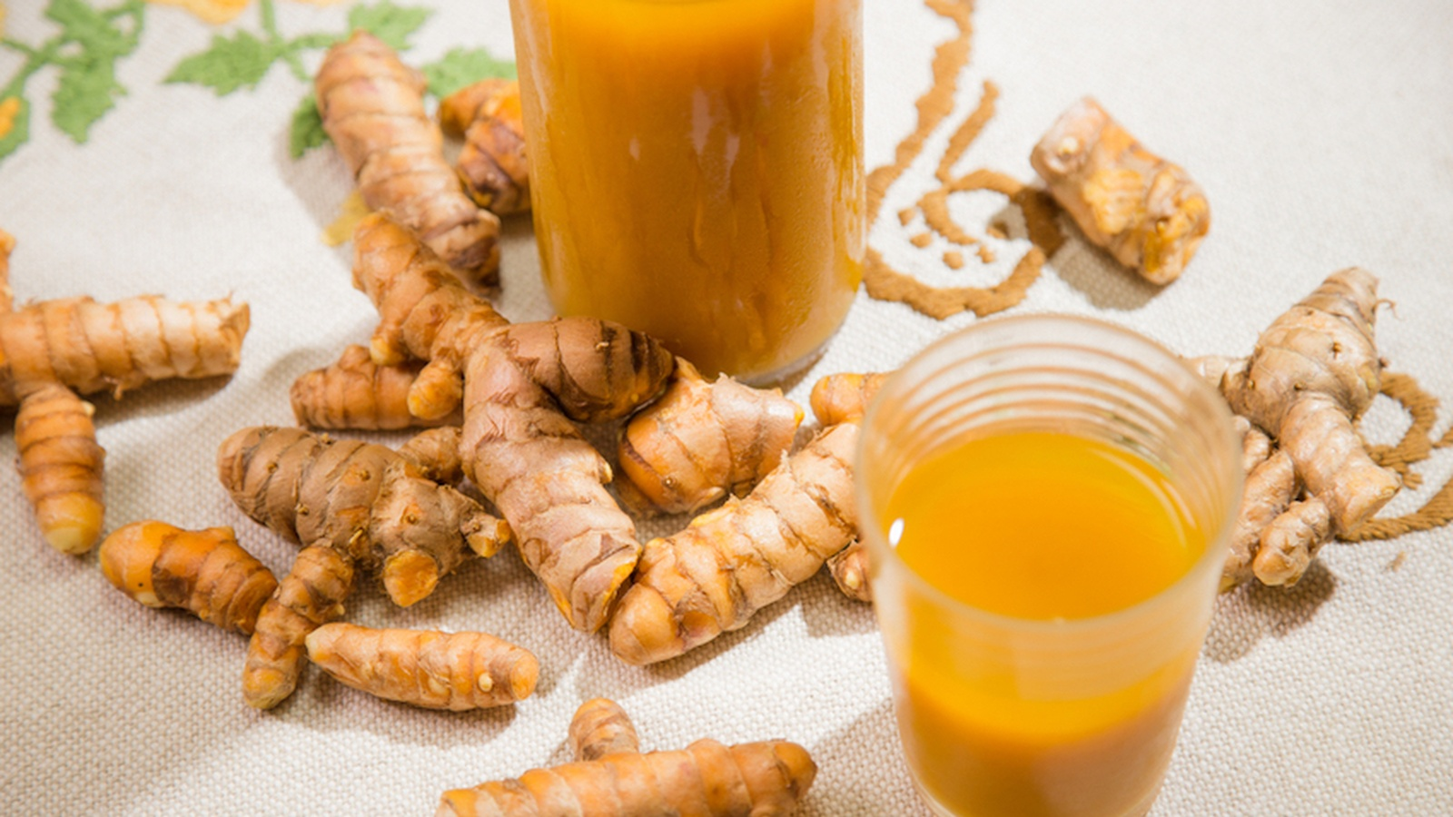 The Immune Boosting Tonic We're Drinking Daily: Jamu Juice
