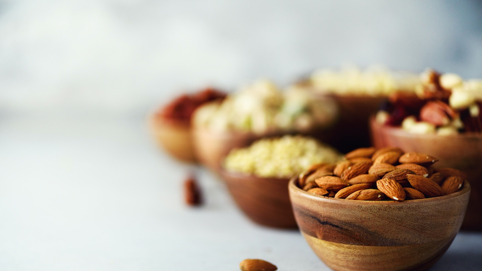 7 Reasons to Include Nuts in Your Diet