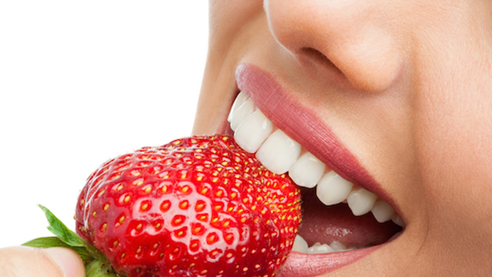 Are vitamin deficiencies causing our teeth to rot?