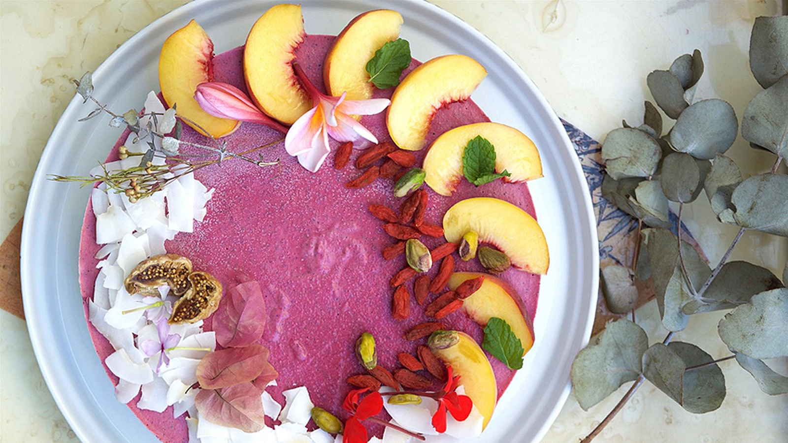 Raw Dragonfruit Cheesecake