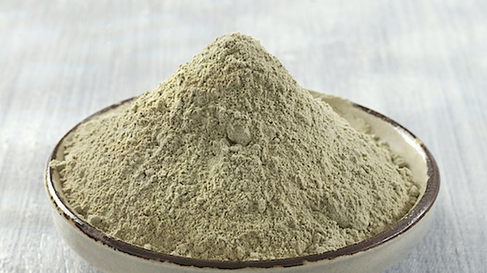 Bentonite Clay - A Safe and Effective Detox From Radiation Build Up