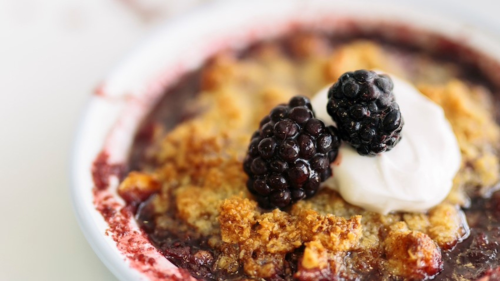 Quick Raspberry Crumble