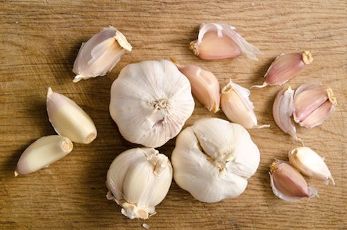 4 Healthy Reasons To Love Garlic (Plus Free Recipe)