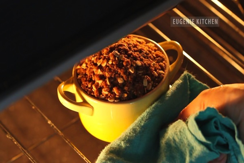 15 Healthy Snacks You Can Make In A Mug