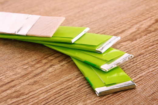 5 common chewing gum ingredients that may cause cancer food matters