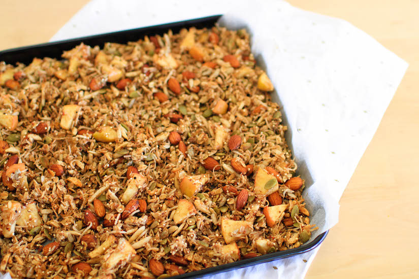 Cinnamon & Apple Granola (Recipe)