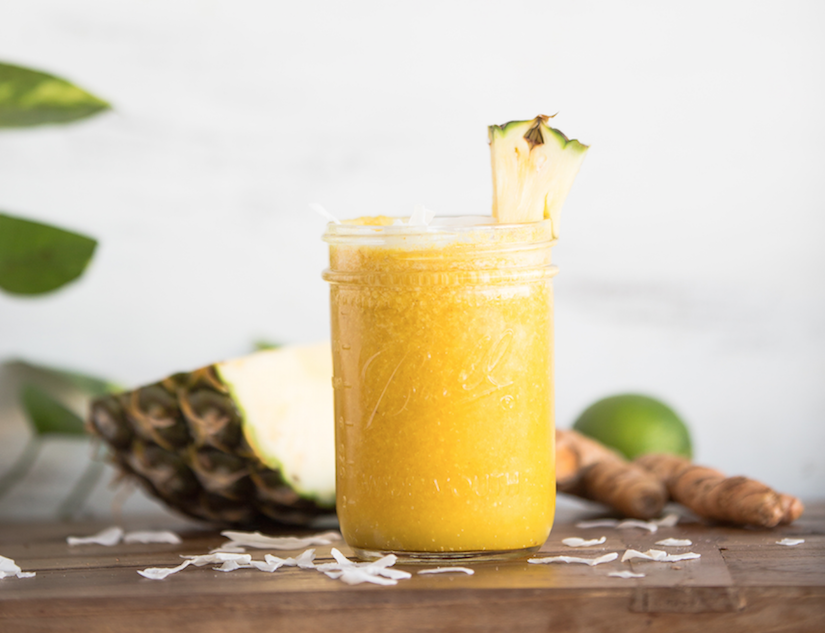 Quick Raw And Healthy Recipes-Pineapple & Turmeric Anti-Inflammatory Smoothie
