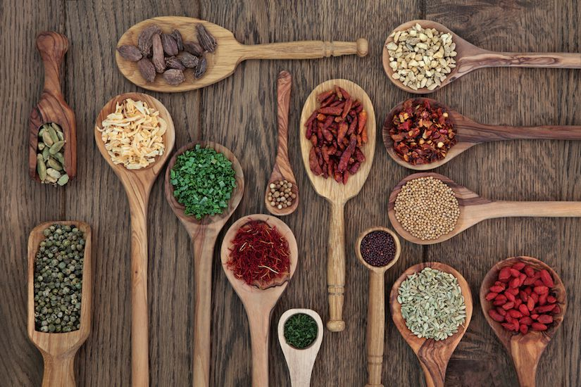 The Ultimate Guide To Superfoods (Infographic)