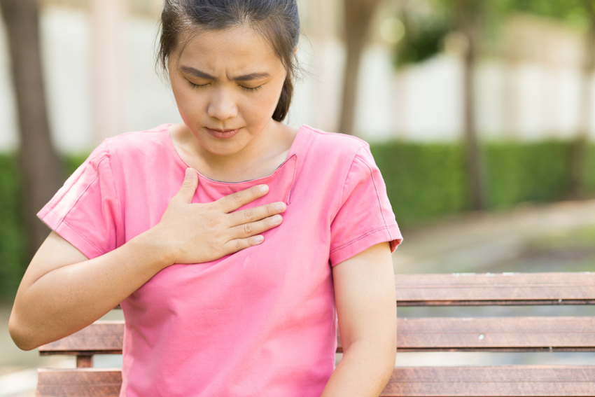 7 Natural Ways To Soothe Indigestion & Heartburn