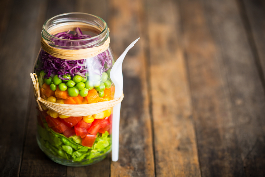 10 Tips For The Perfect Mason Jar Salad