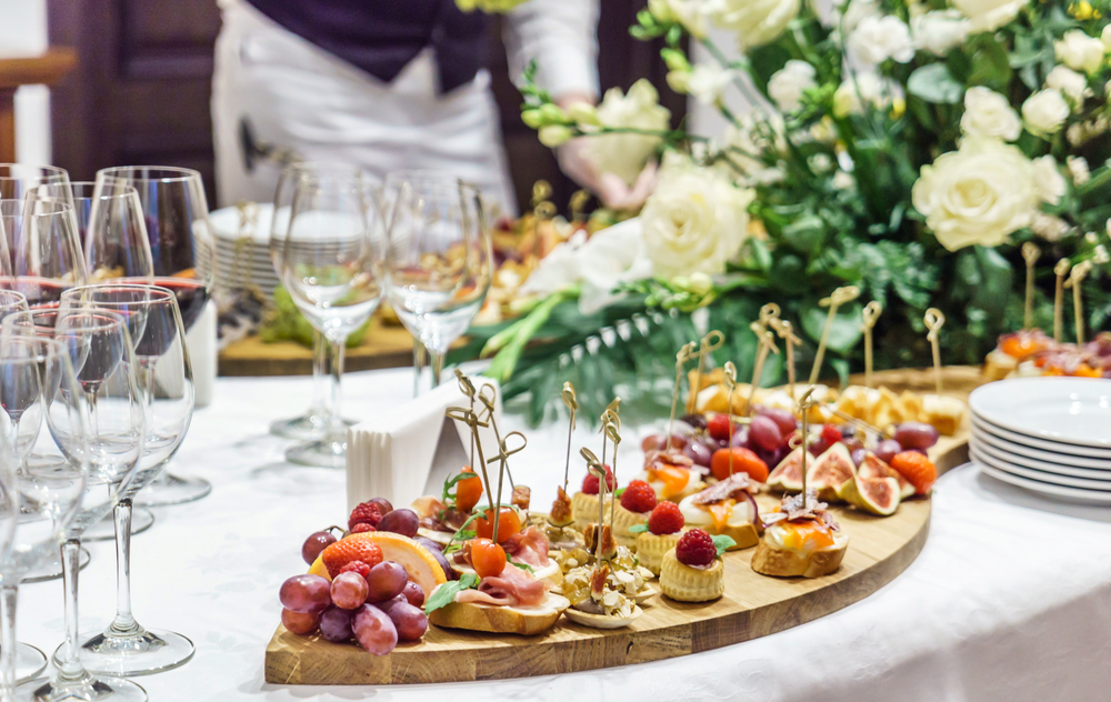 5 Ways To Politely Decline Holiday Party Goodies